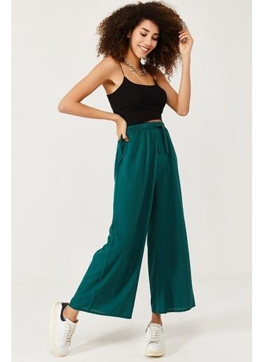 XHAN Beyaz & Siyah Beli Lastikli Kemerli Salaş Dokuma Pantolon 1Kxk5-44565-79 Yeşil